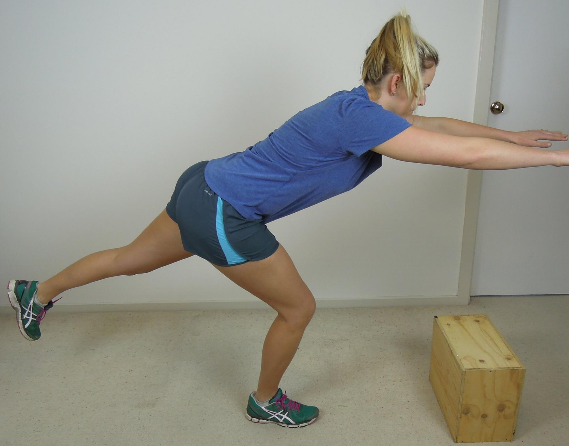 Arabesque squat.JPG