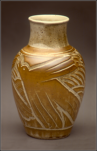 Laughing Crow Vase.png
