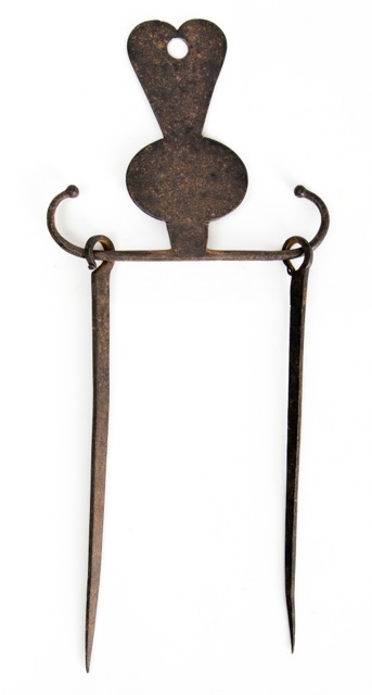 Iron Skewer Holder 1