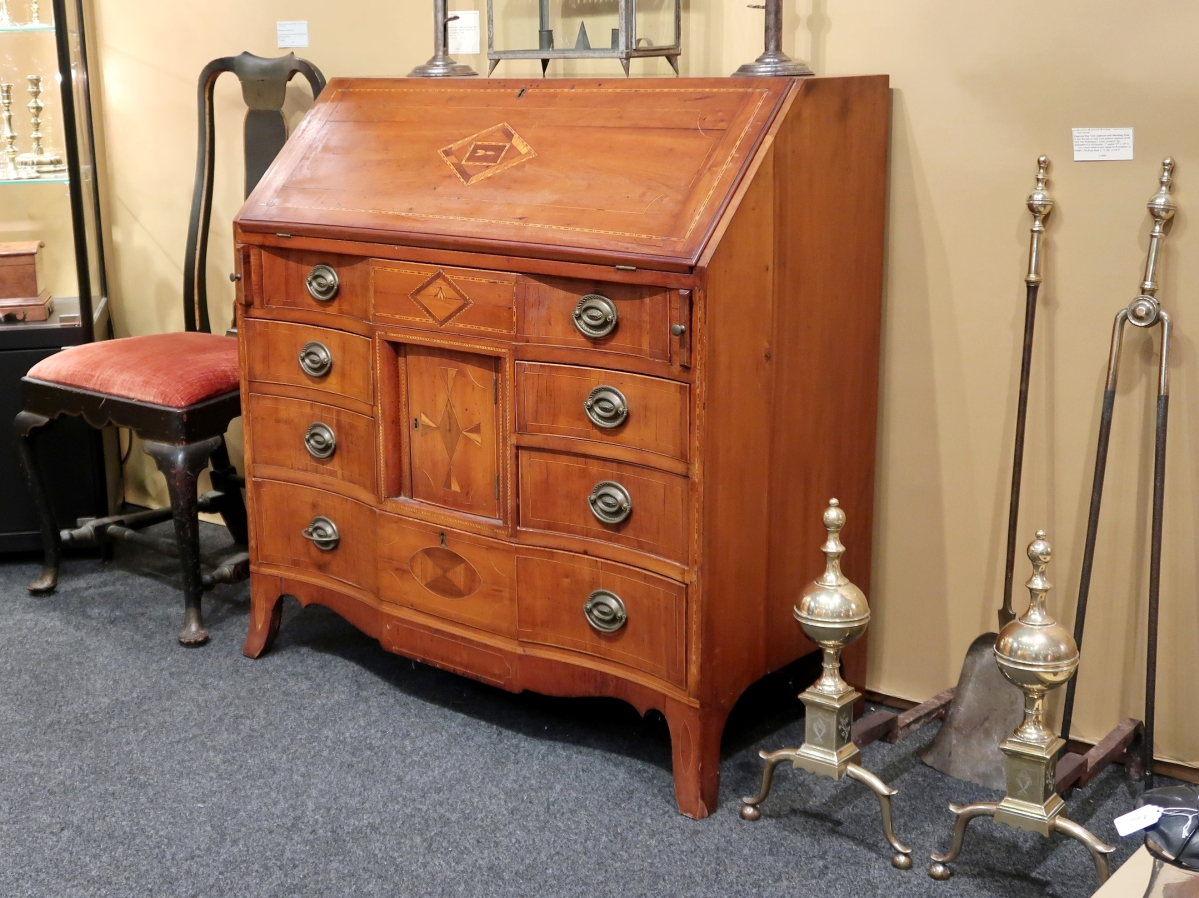 Federal desk in the Hepplewhite style, probably Litchfield County, Conn., circa 1815–25, cherry and pine. Elliott and Grace Snyder, South Egremont, Mass.