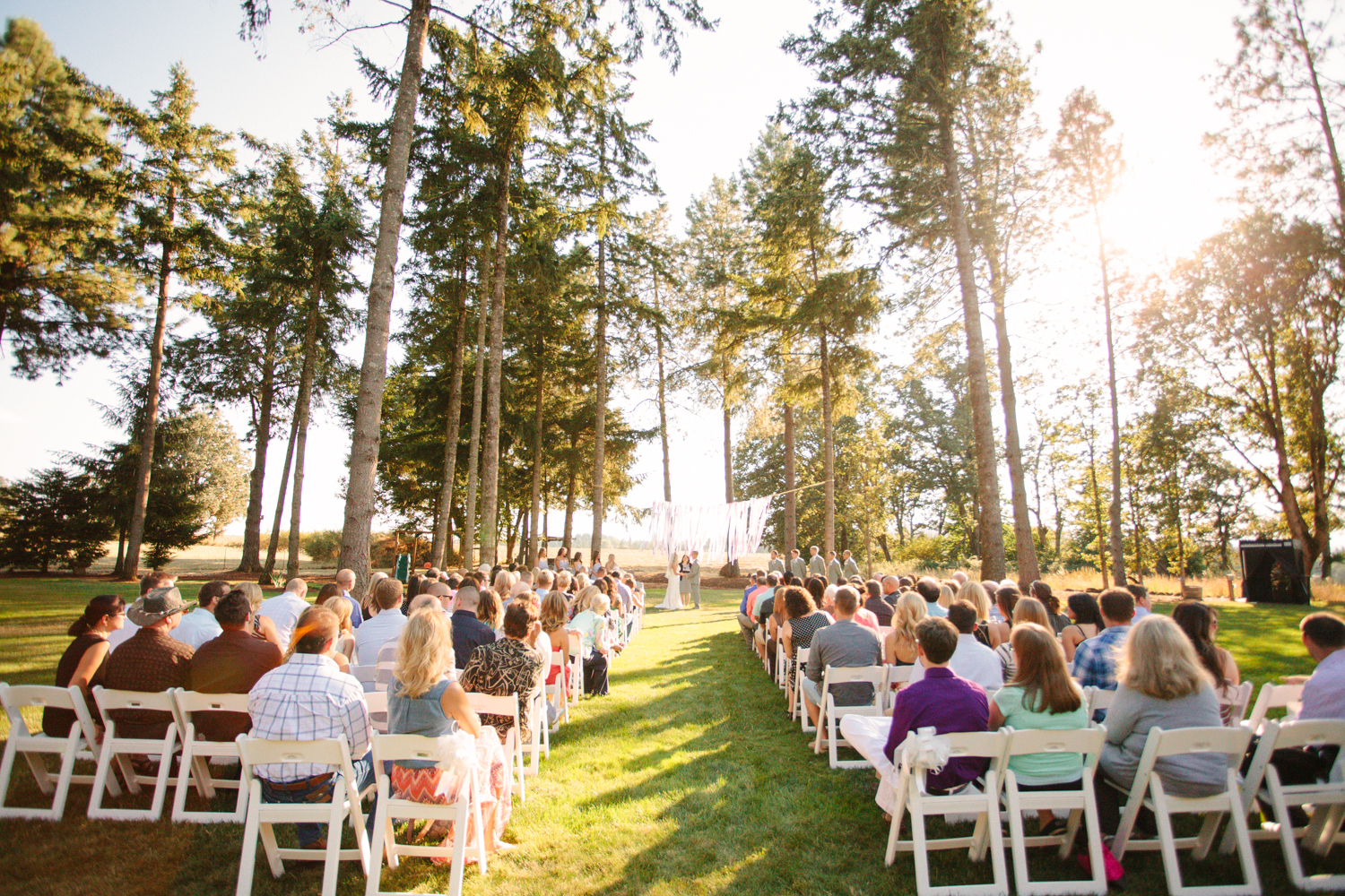 Romantic-Oregon-Wedding-in-the-Woods-5