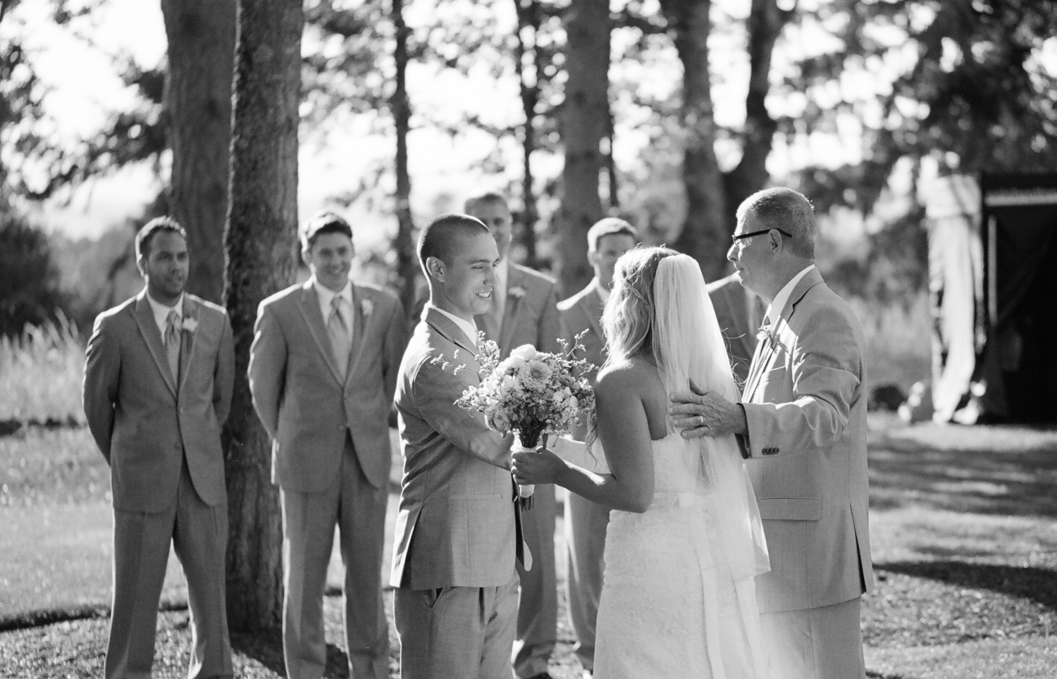 Romantic Oregon Wedding in the Woods-7