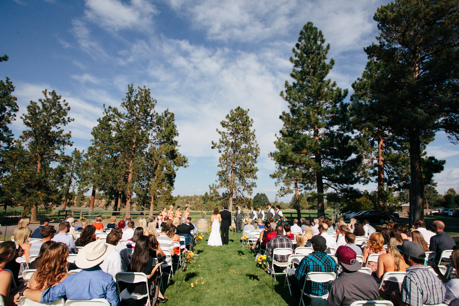 11a-Nature-Wedding-in-Bend-Oregon.jpg