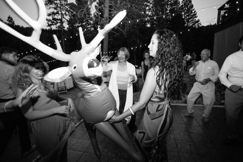 Woodsy-Outdoor-Ashland-Oregon-Wedding-80.jpg