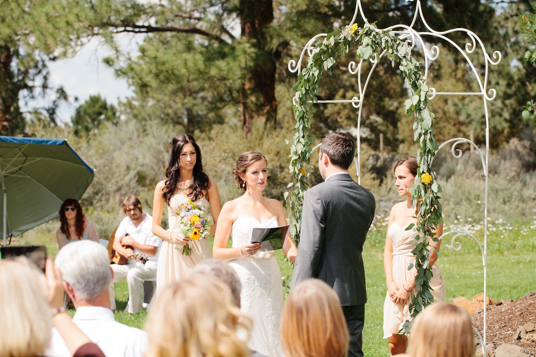 Bend-Wedding-Photographer-Michelle-Cross-20.jpg