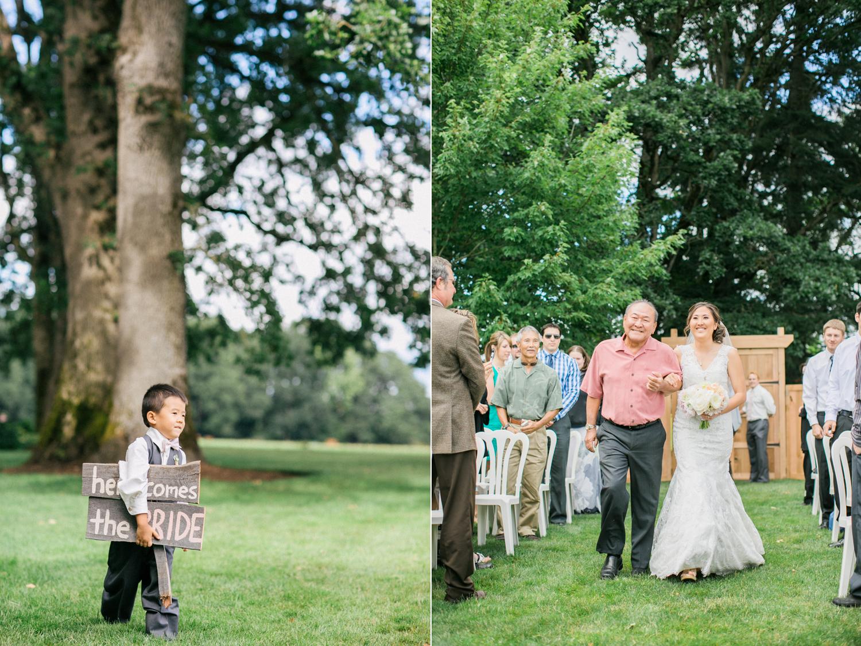 Postlewaits Oregon Wedding by Michelle Cross-18.jpg