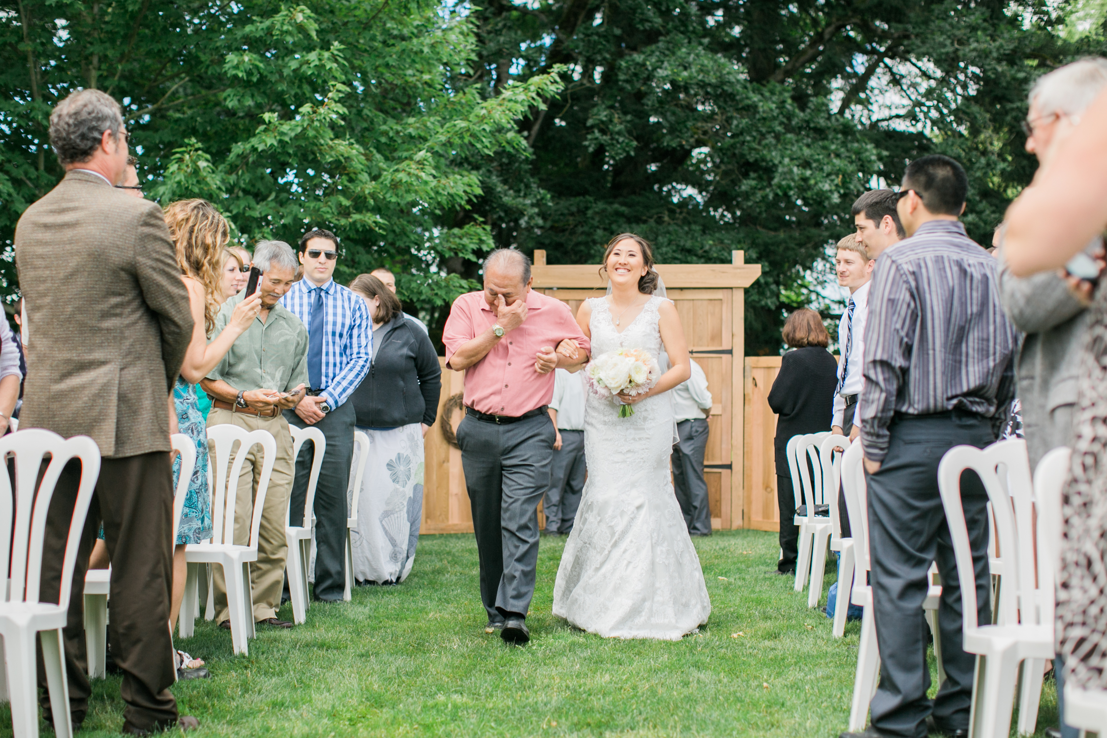 Postlewaits Oregon Wedding by Michelle Cross-20.jpg