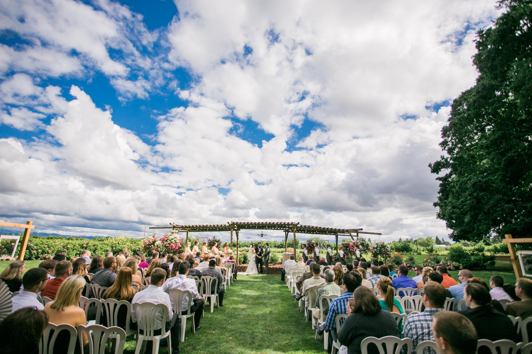 Postlewaits Oregon Wedding by Michelle Cross-26.jpg
