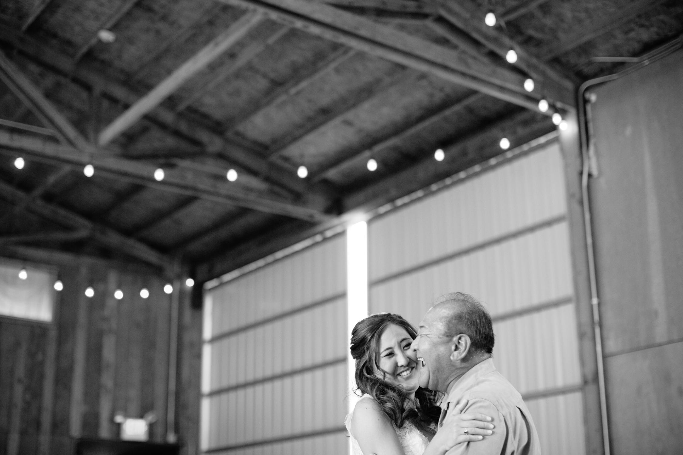 Postlewaits Oregon Wedding by Michelle Cross-50.jpg