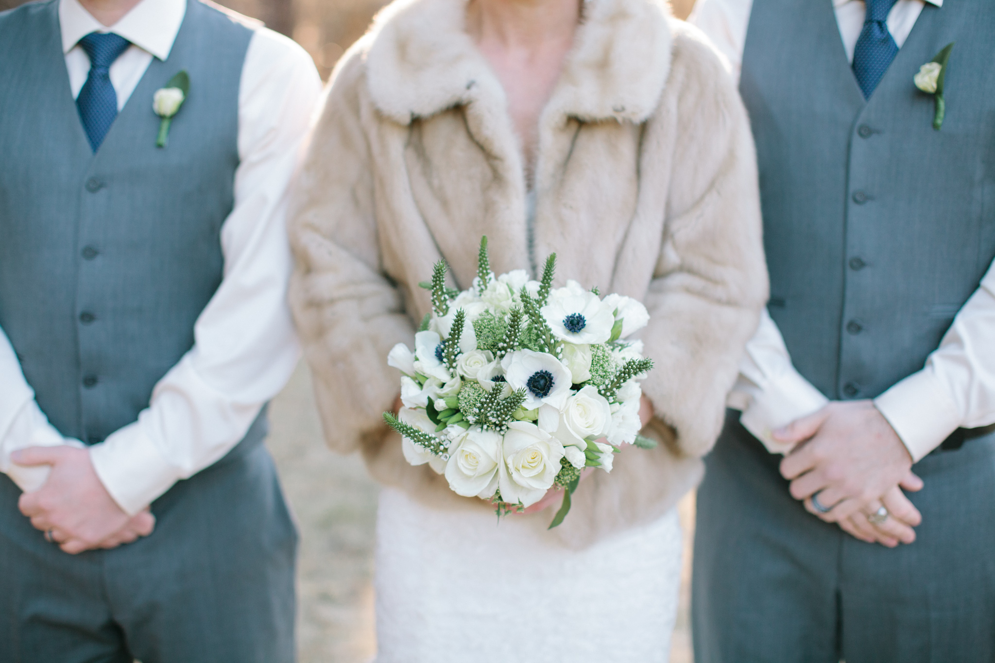 Bend Oregon Lake Creek Lodge Wedding by Michelle Cross-8.jpg