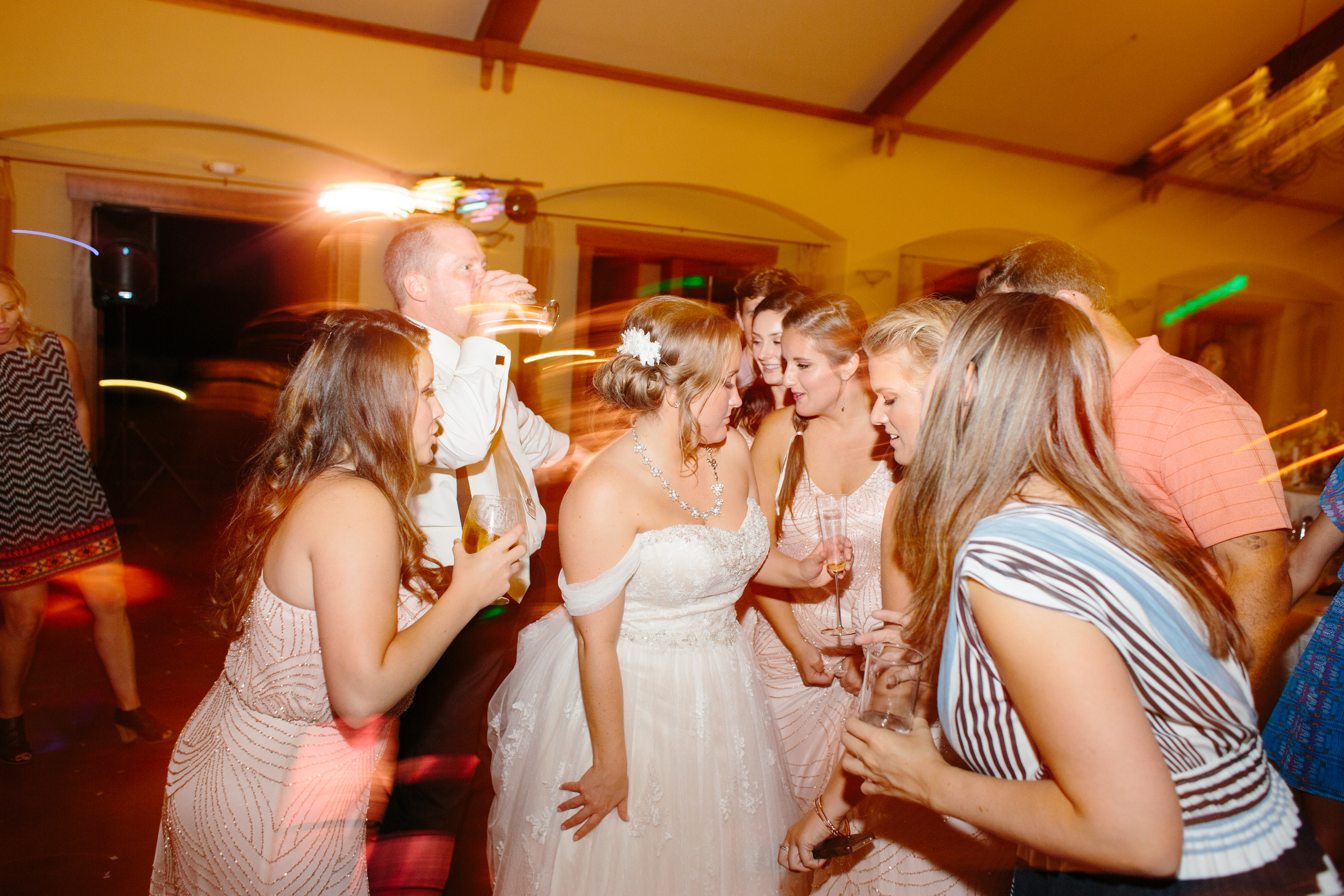 Michelle Cross_Larson Wedding2033.jpg