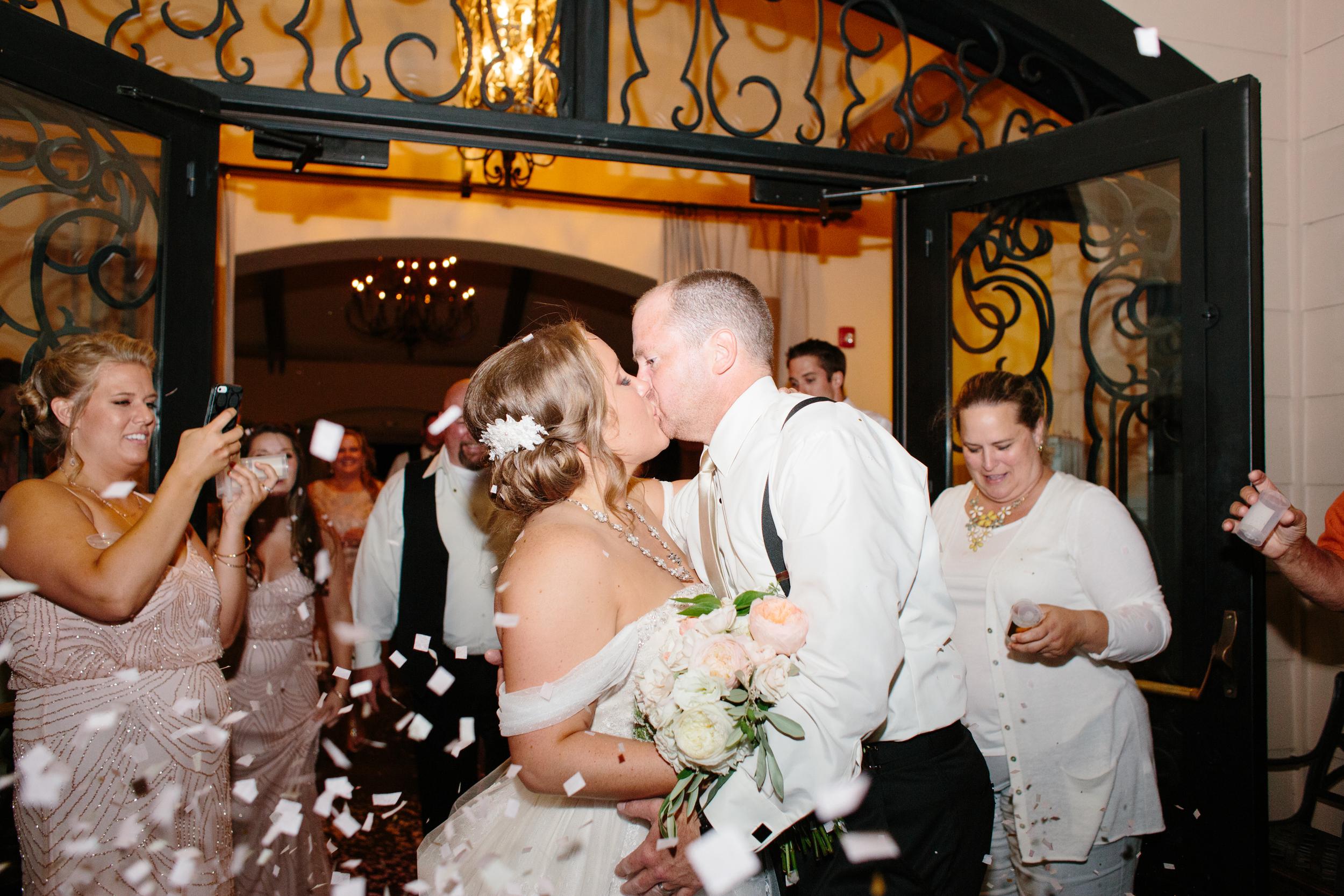 Michelle Cross_Larson Wedding2079.jpg