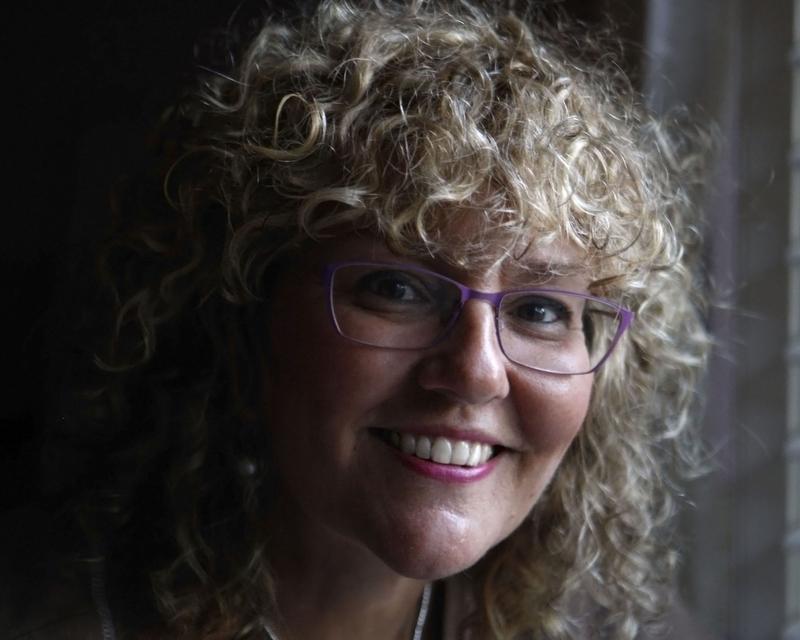 Karen Pulfer Focht 01A.JPG
