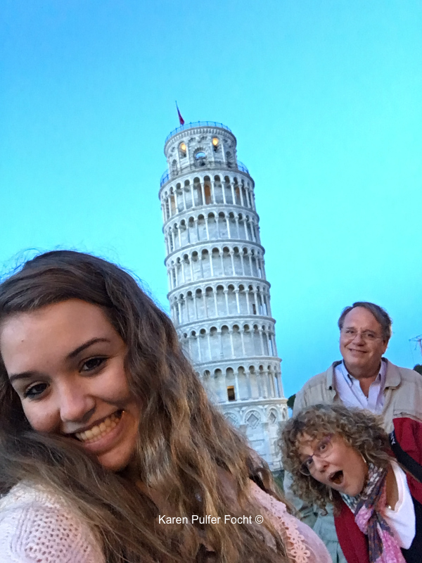 Family in Pisa, Italy 2018 ©Focht-  113.JPG