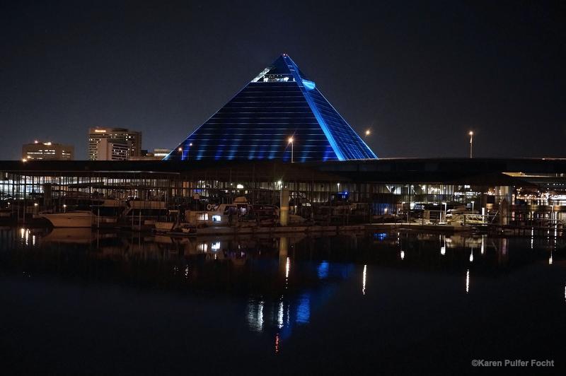 Memphis Pyramid 001.JPG