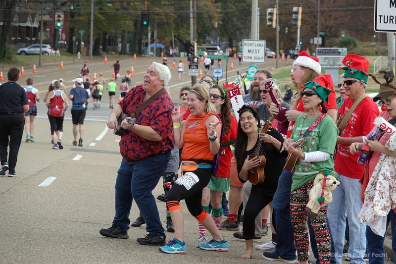 Memphis Ukulele Flash Mob ©Focht 047.JPG