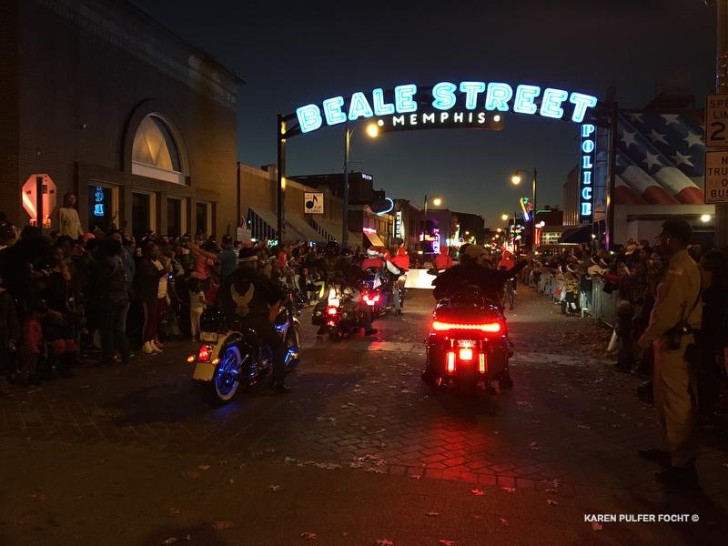 Memphis Ukulele Flash Mob ©Focht 042.JPG