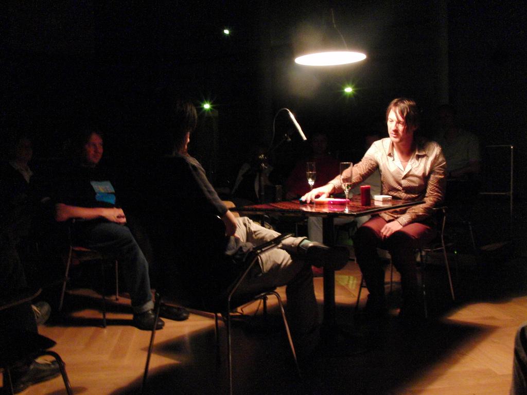 佛打架FM3 - Christiaan Virant & Zhang Jian - BUDDHA MACHINE at the Forum der Kunst- und Ausstellungshalle der Bundesrepublik Deutschland, Bonn..jpg