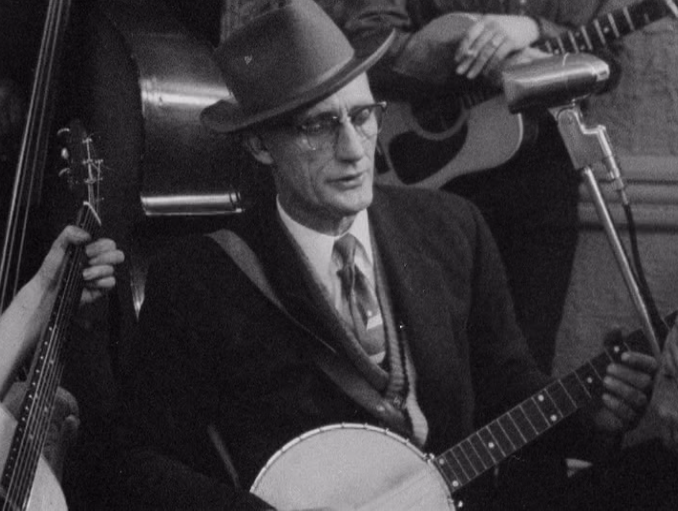 roscoe holcomb 2.png