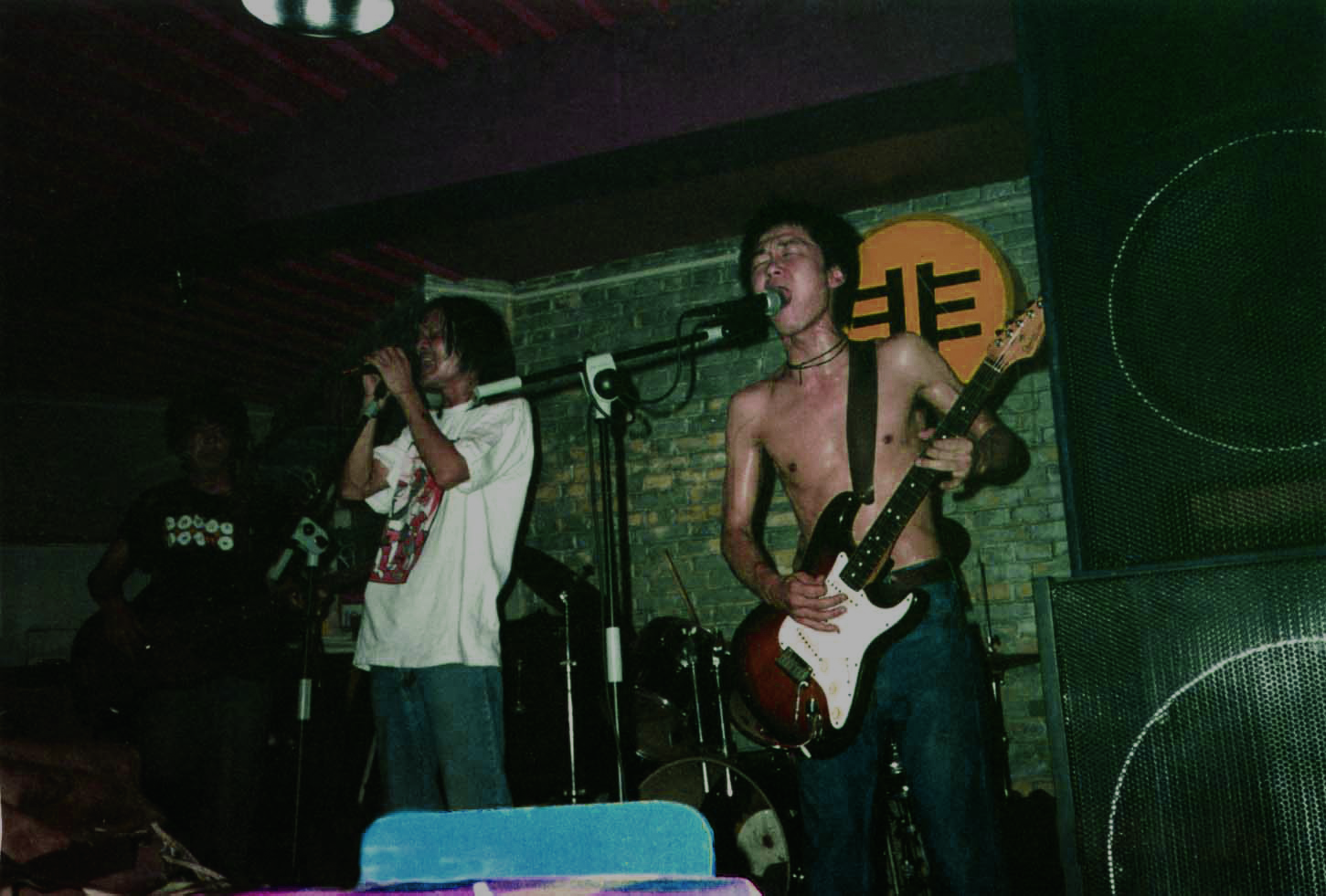 05 苍蝇乐队 live.jpg