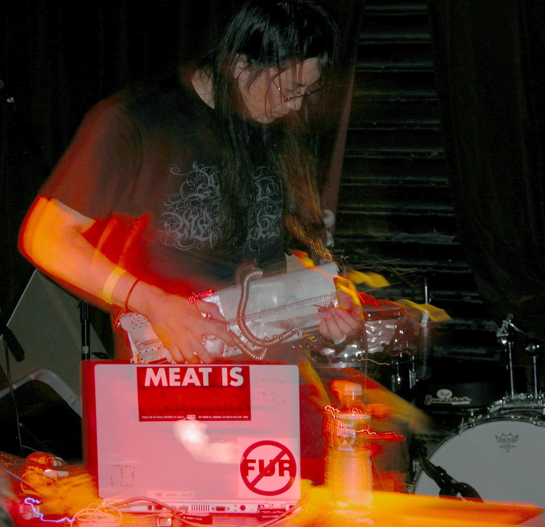 Merzbow_at_No_Fun_Fest_2007.jpg