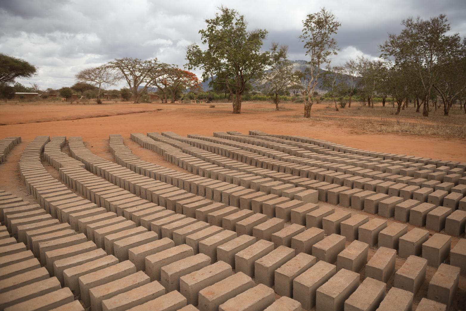 2000 bricks made in Magaseni