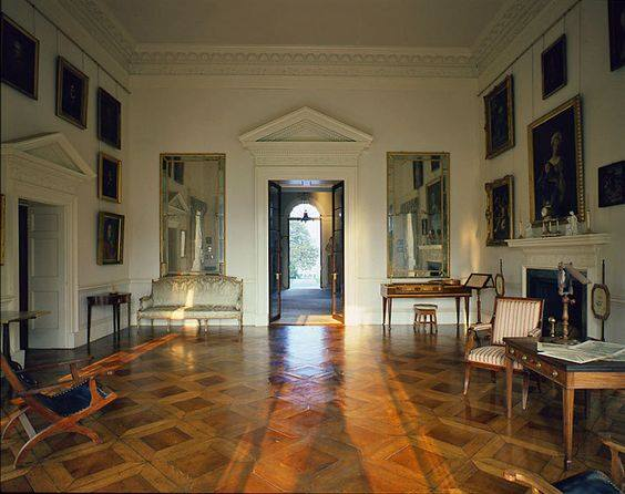 This photo (and the next photo) are of Jefferson's private study, where only visitors possessing written permission by Jefferson himself could enter. This permission was normally reserved for foreign dignitaries, philosophers, scientists, and religious leaders.