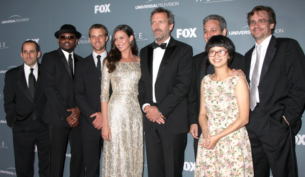 jacobson-epps-spencer-annable-laurie-yi-leonard-house-series-finale-01.jpg