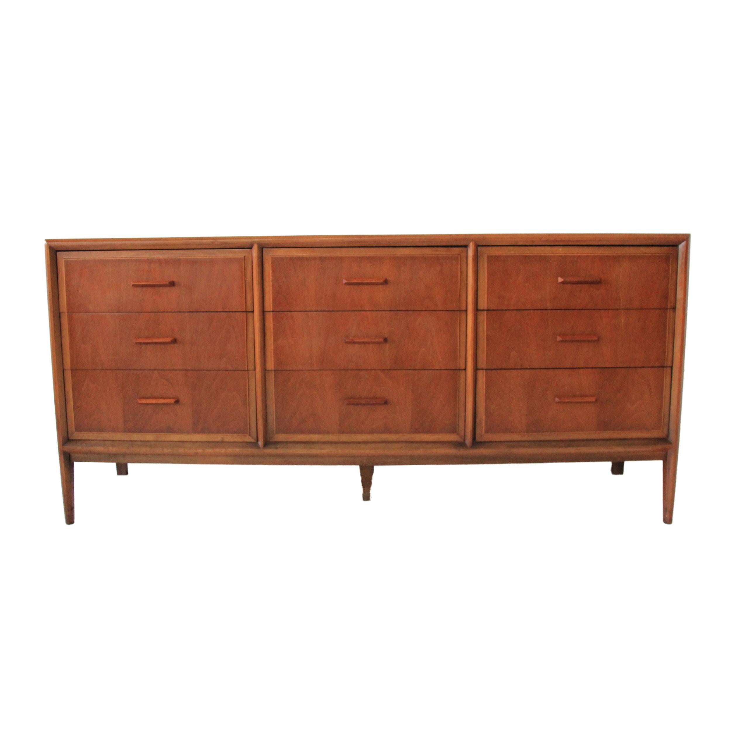 Vintage Mid Century Modern 9 Drawer Dresser