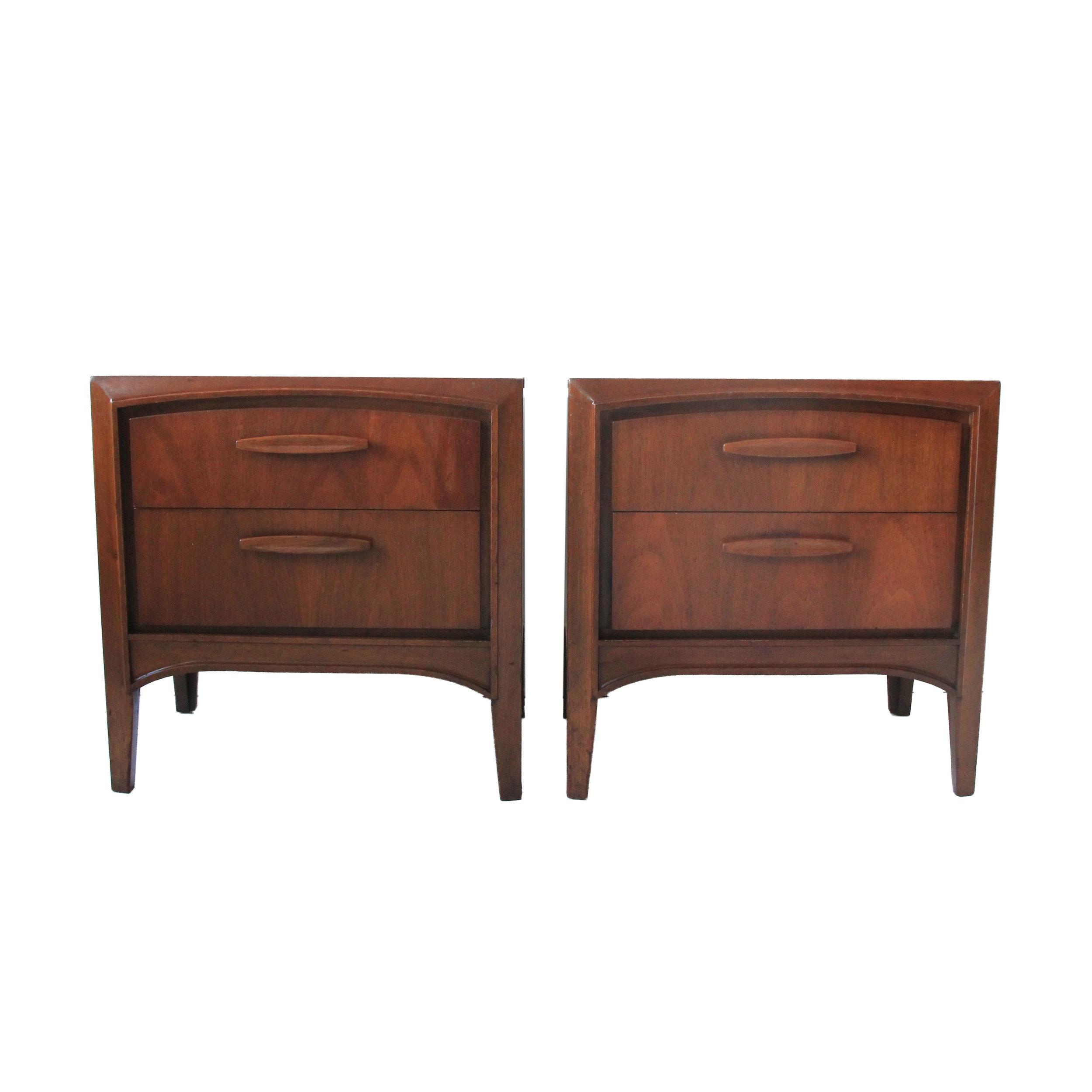 Vintage Mid Century Modern Pair of Nightstands