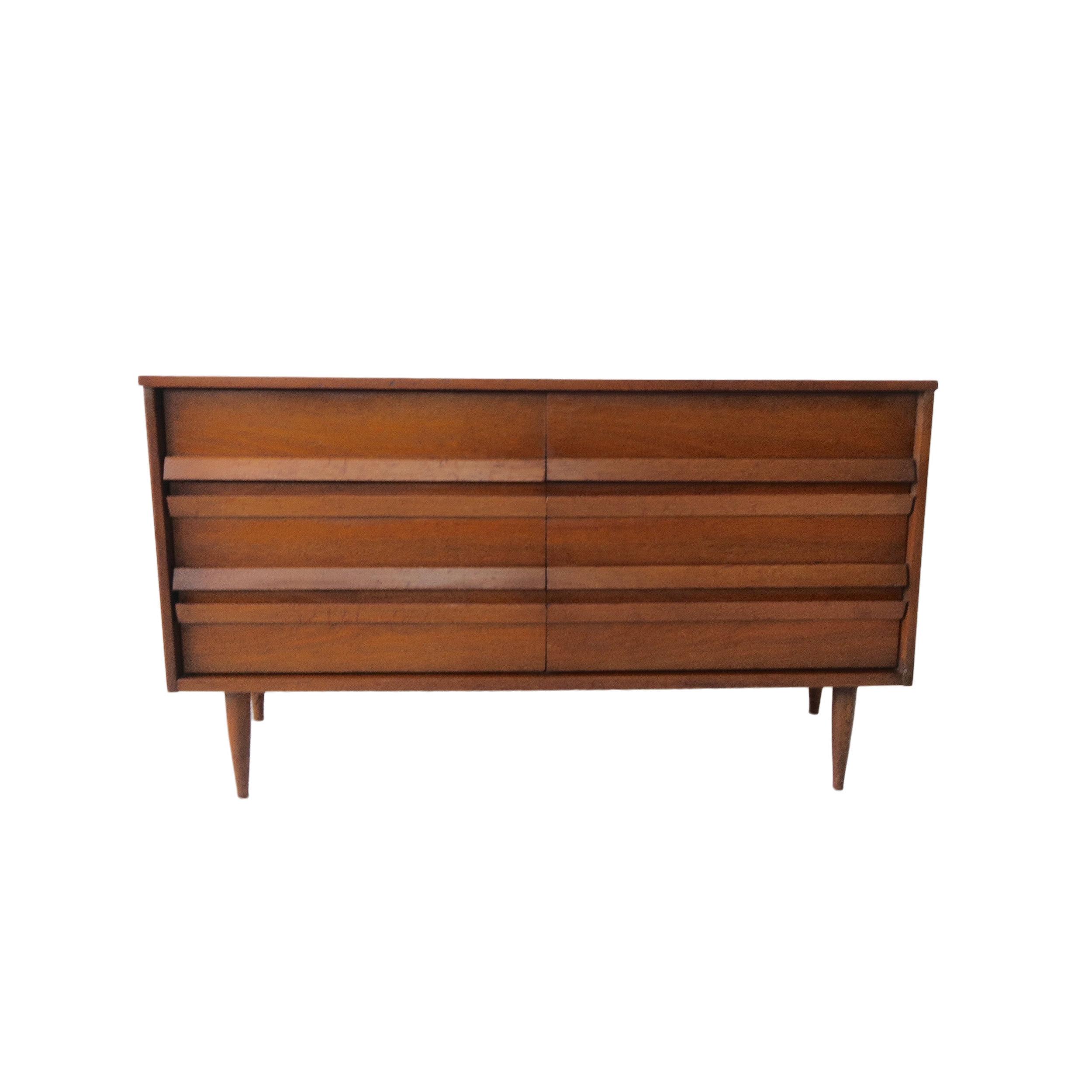 vintage bassett 6 drawer.jpg
