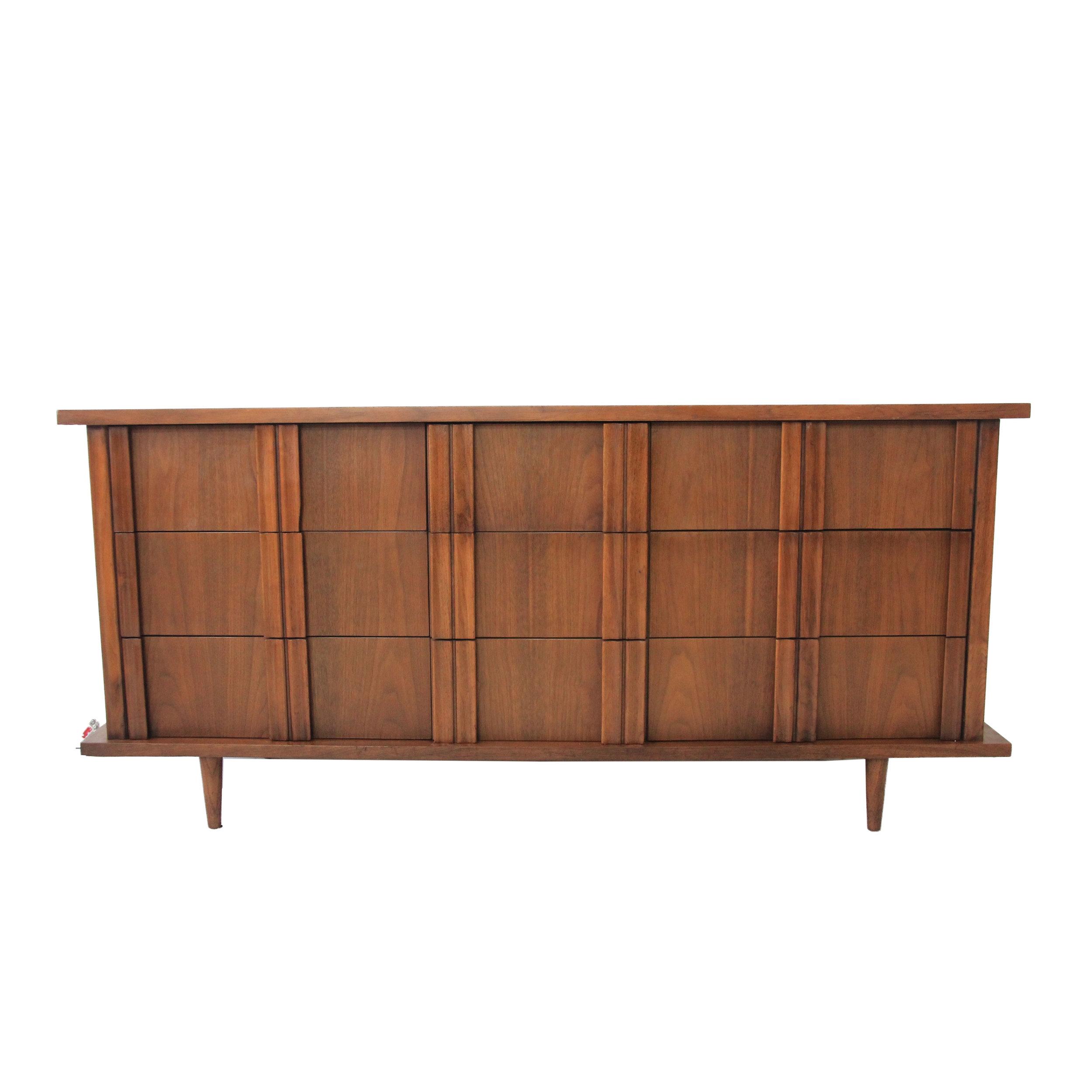 vintage mid century modern 9 drawer dresser3.jpg
