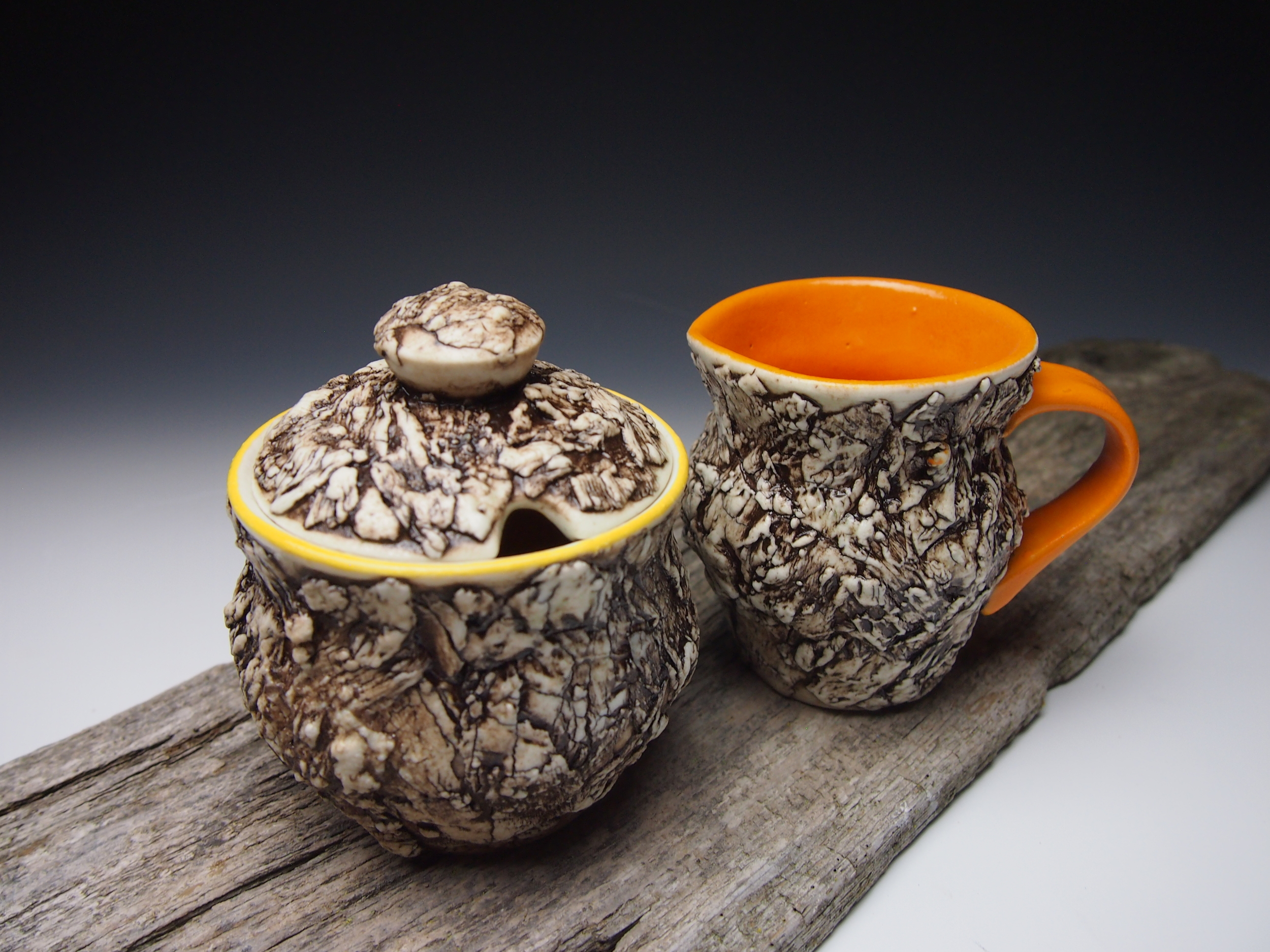 Yellow Bark Honey Pot and Orange Bark Creamer