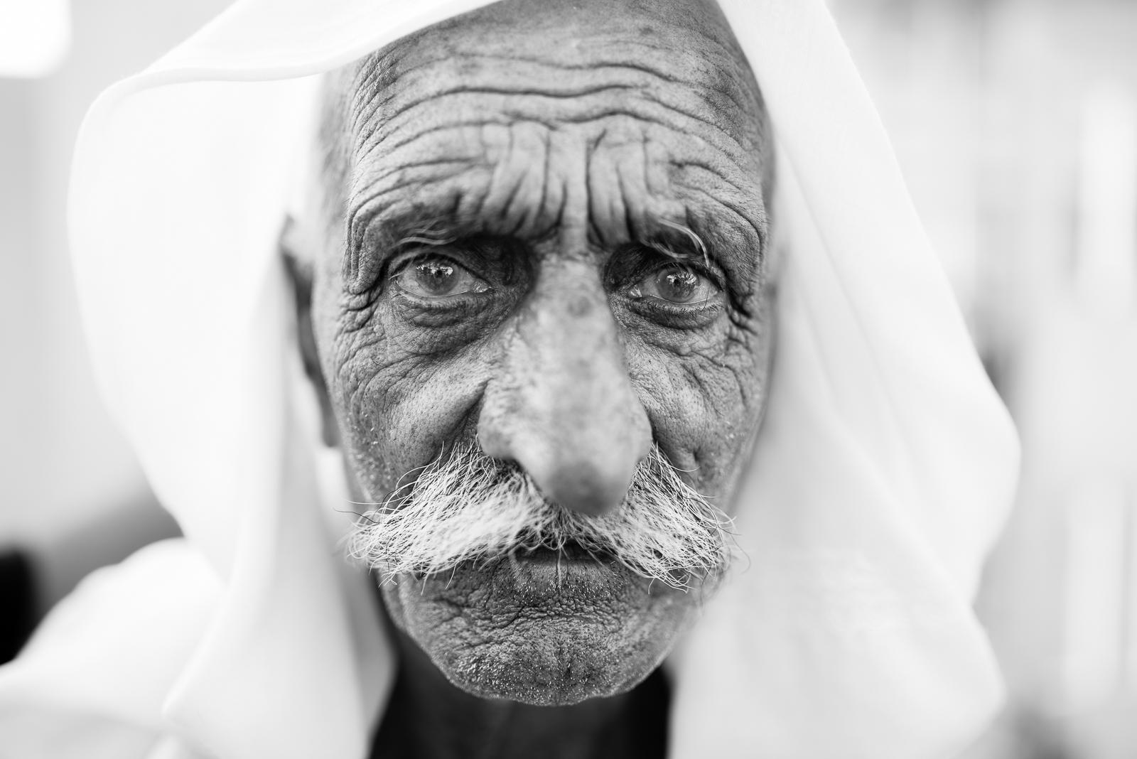 Elder man in the Erbil's refugees camp