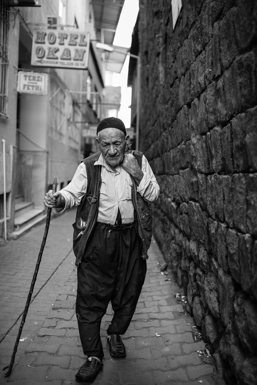 Street scene from Diyarbakir (Turkey)