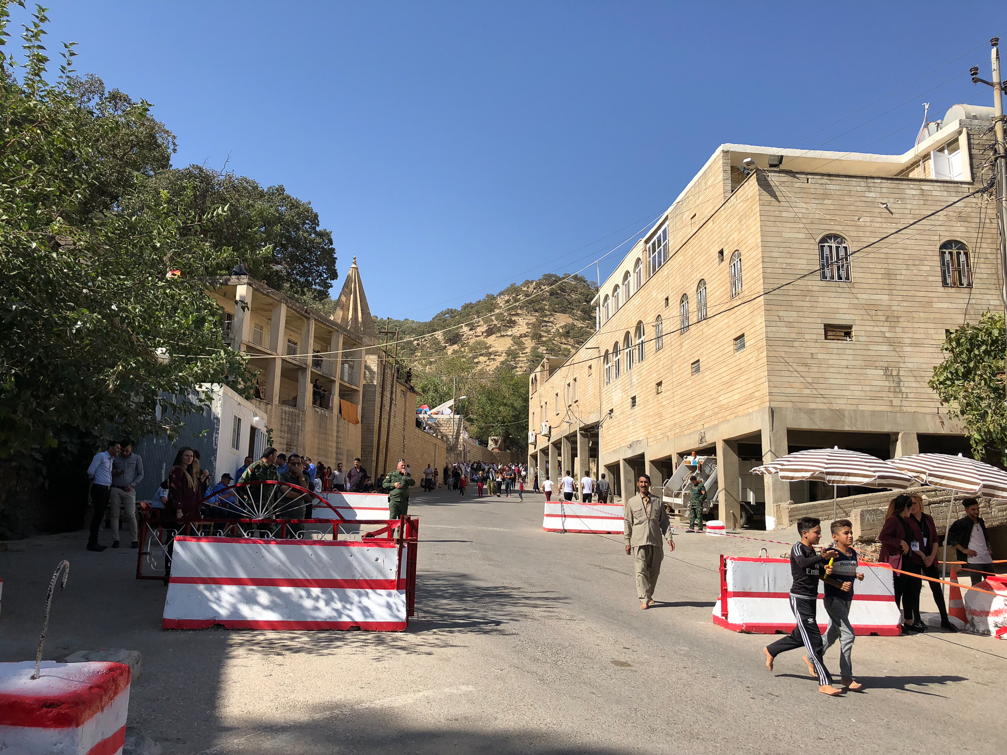The start of Ceina Cemaiya in Lalish (you can enter the city only barefoot)