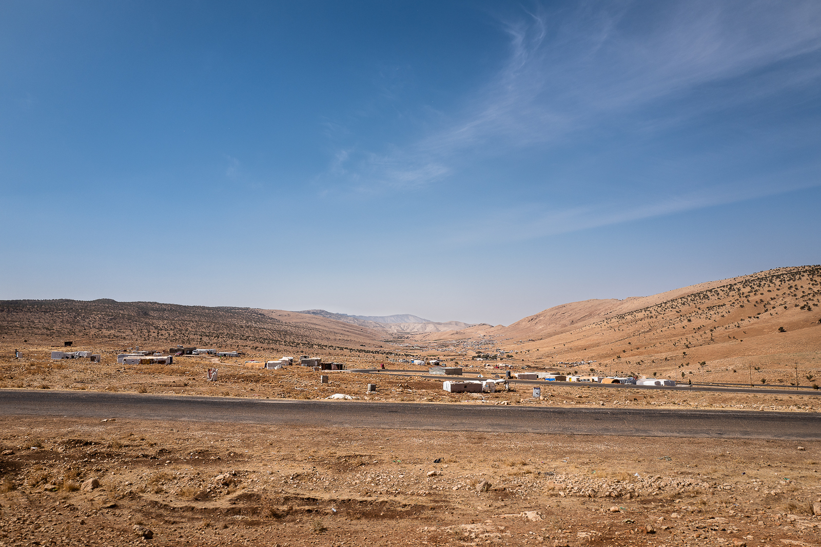 The lunar view of the refugees camp on top of Sinjar mount