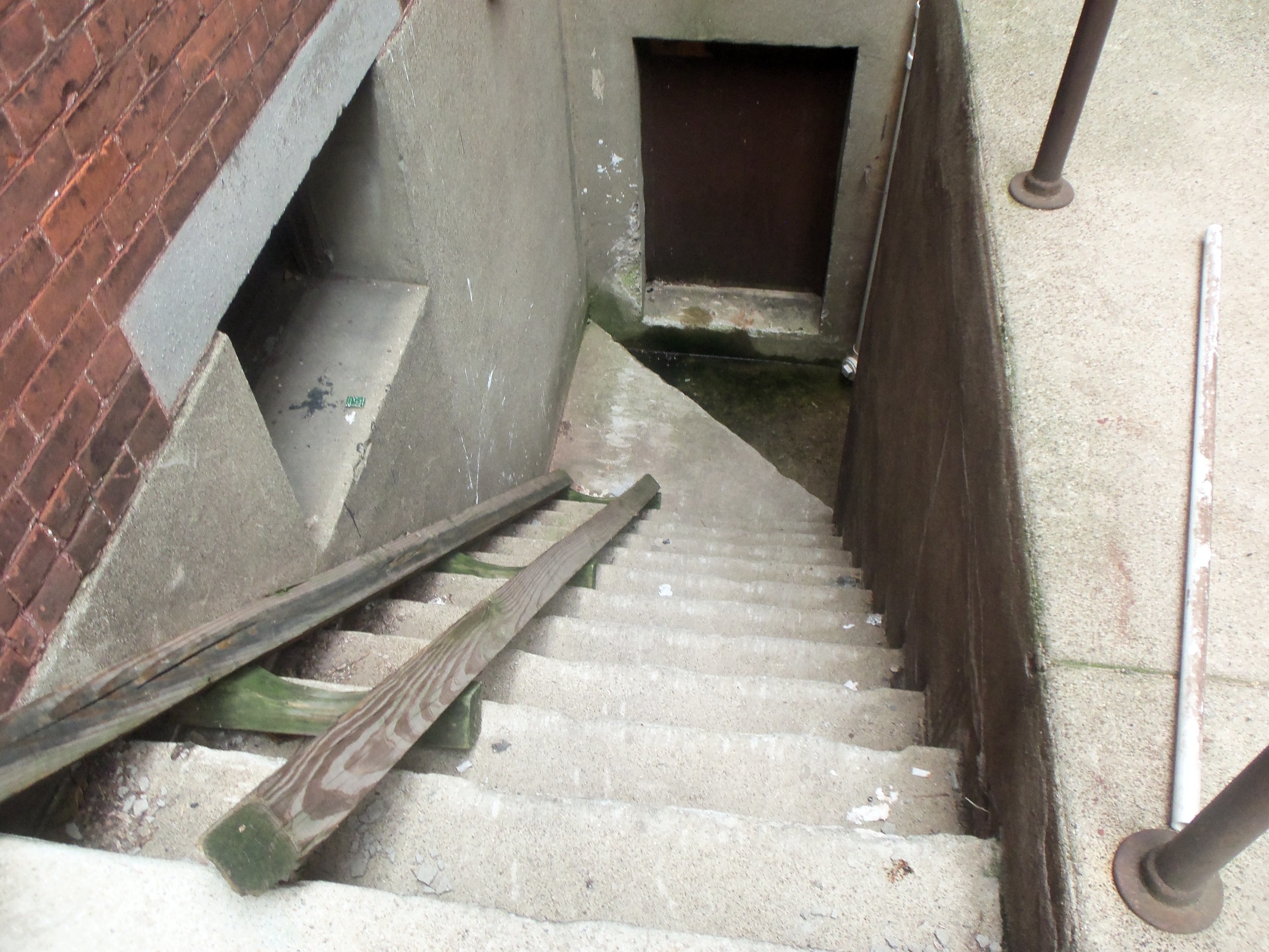 LENOX APARTMENT STEPS TO BASEMENT  PHOTO BY KATHY STORRIE  7-26-2014