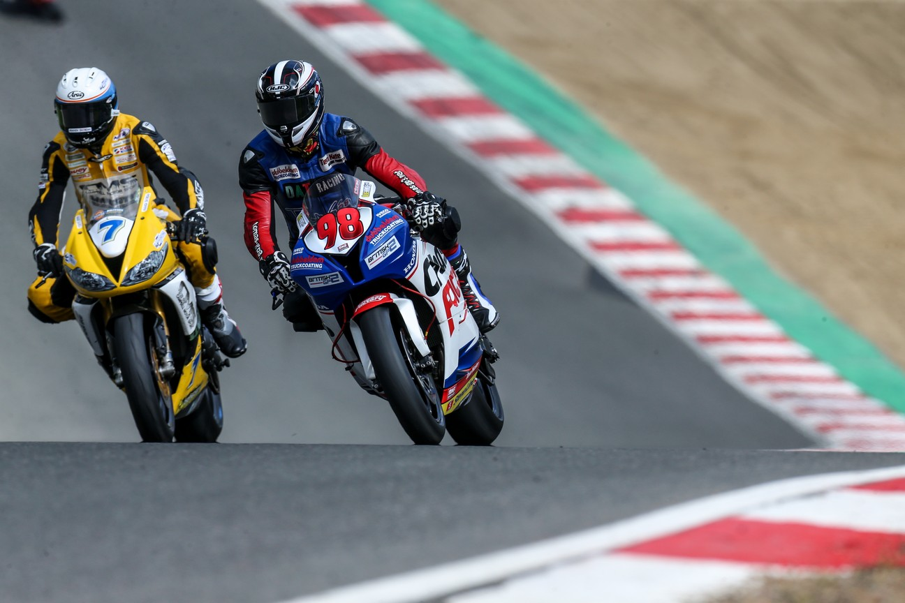 Hard in gevecht. Photo credit: Raceline Images