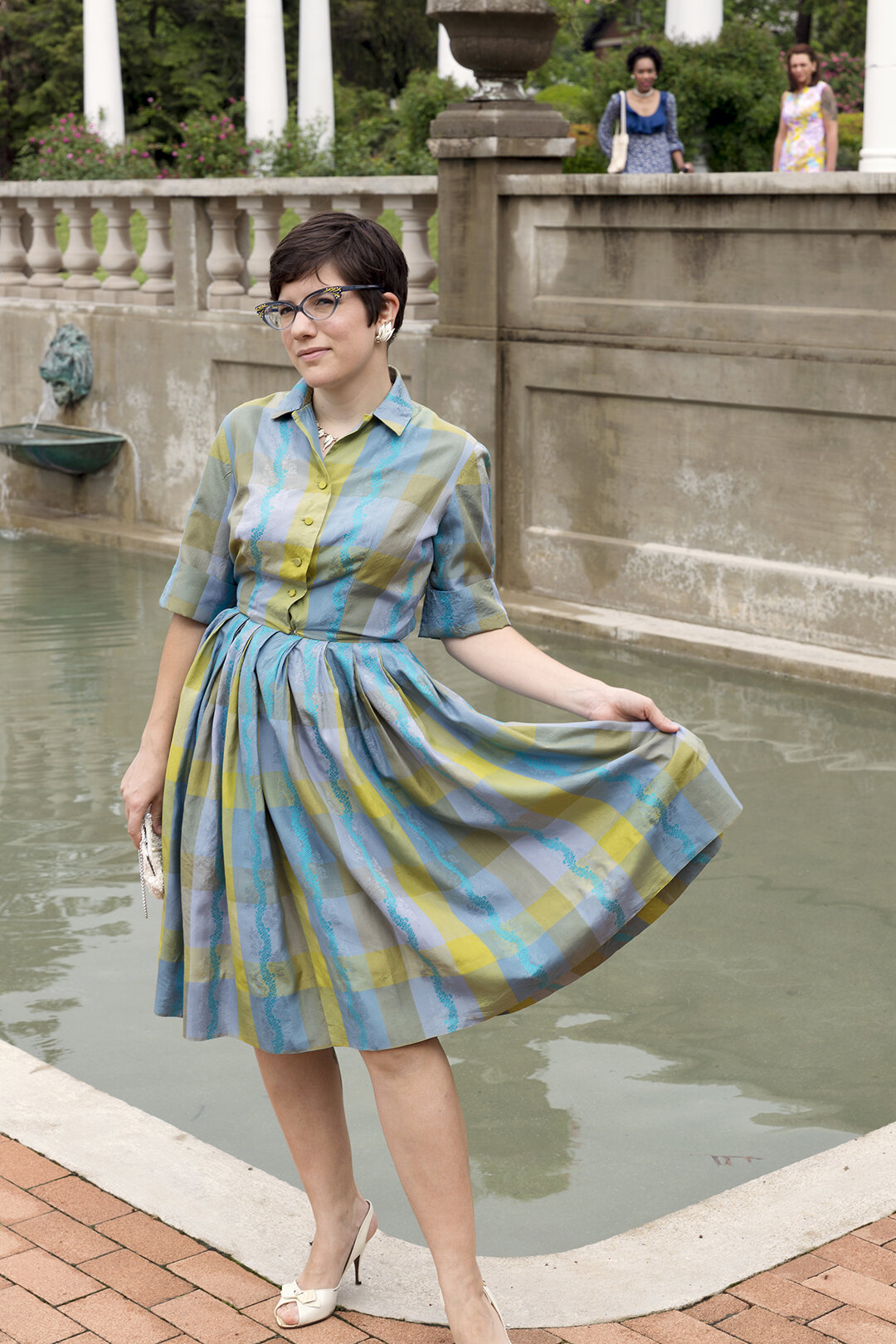 H_plaid_dress.jpg