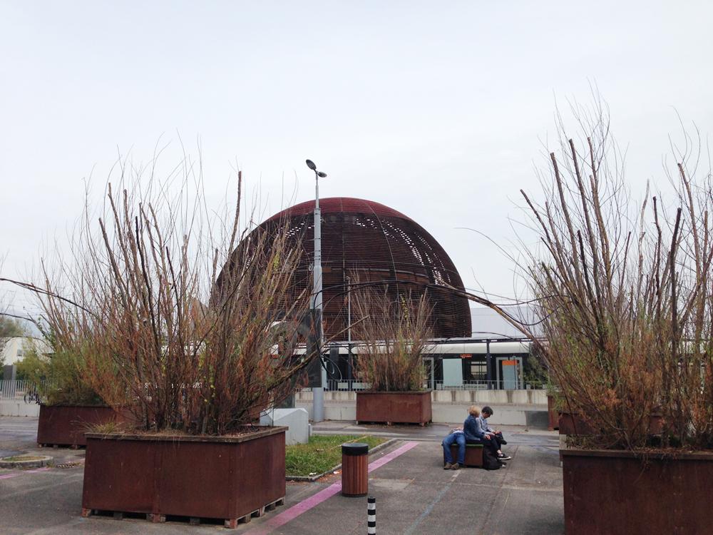 CERN_GlobeTheater_0914_2871.jpg