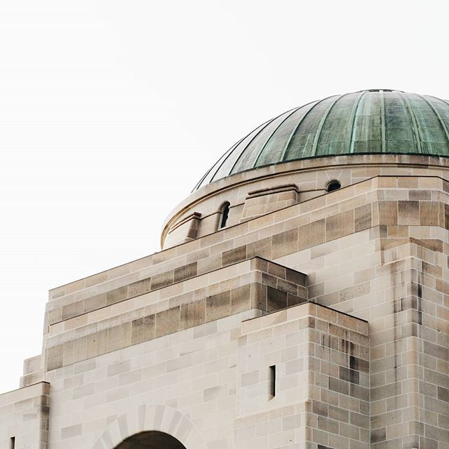 That dome.  #Canberra #warmemorial #ABMtravelbug #travel #adventure #wanderlust #mytinyatlas #exploremore #seeaustralia #dametraveler #finditliveit #openmyworld #welivetoexplore #igtravel #vscotravel