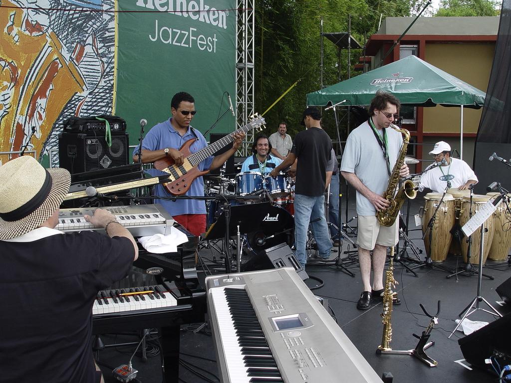 thumb_Tony Perez - Puerto Rico - Heineken Jazz Festival 023_1024.jpg