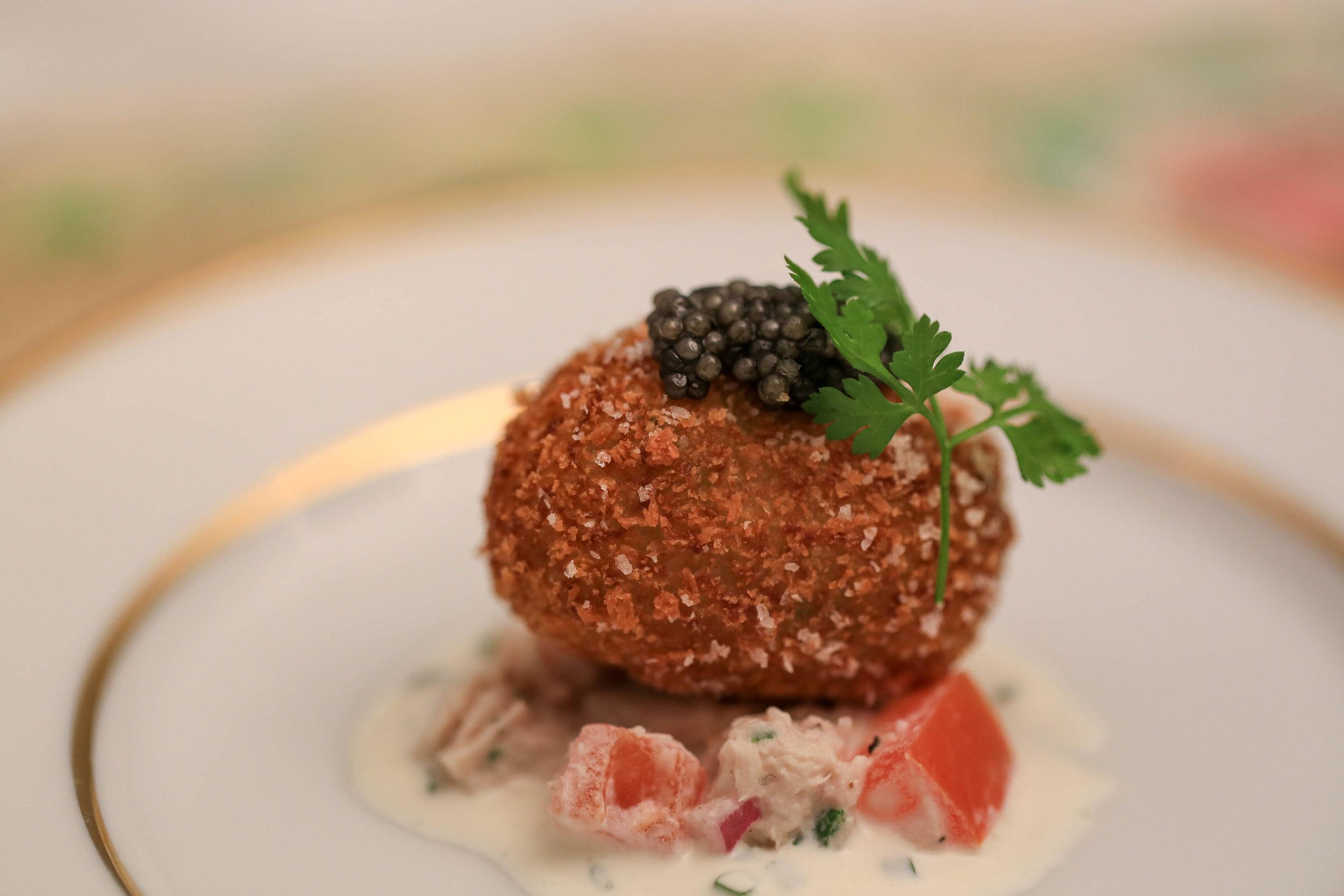 Cold smoked sturgeon, chive tater tot, caviar, chervil
