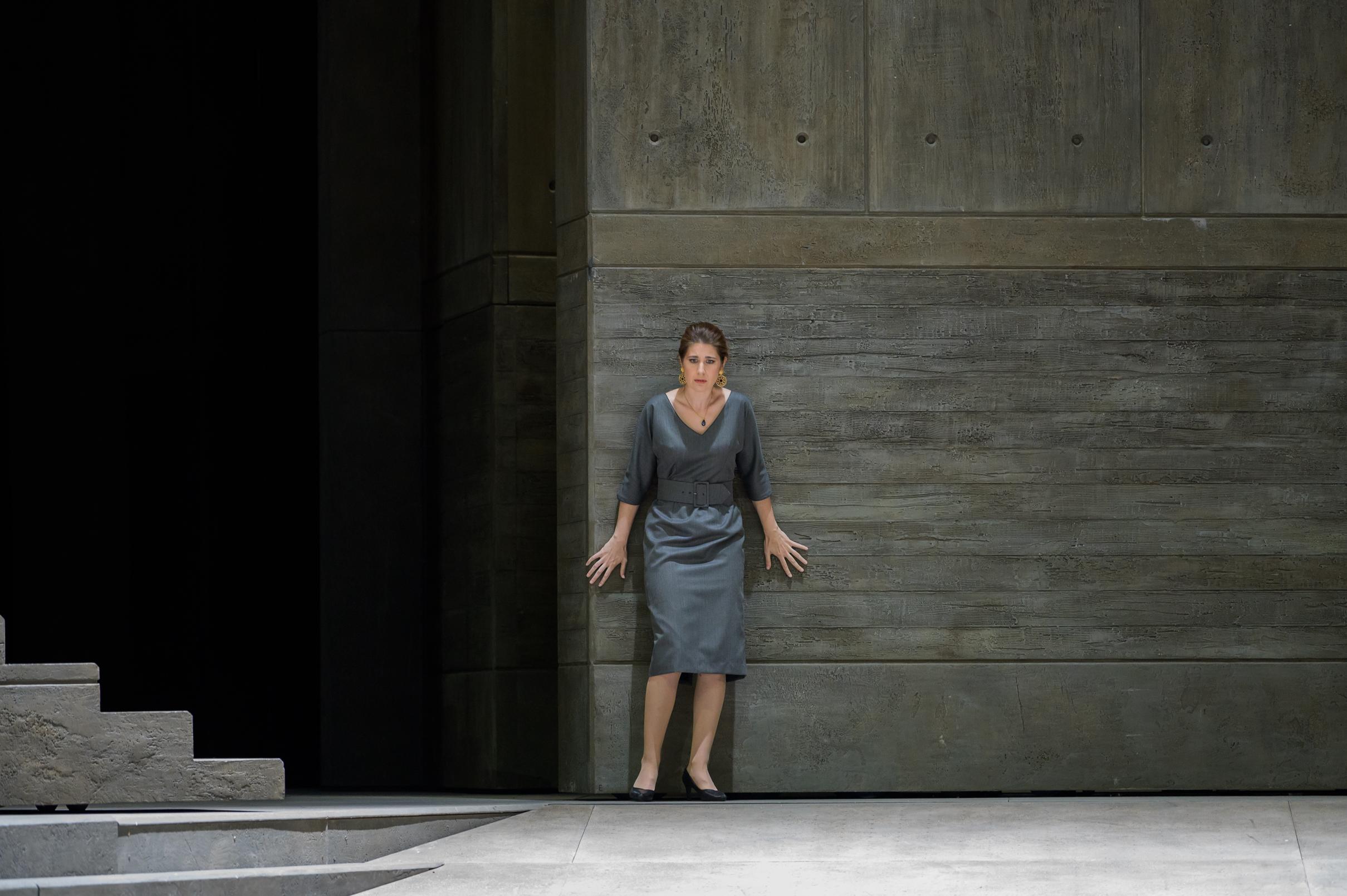 Donna Elvira in Don Giovanni - Paris Opera 2019 (credit: Charles Duprat)