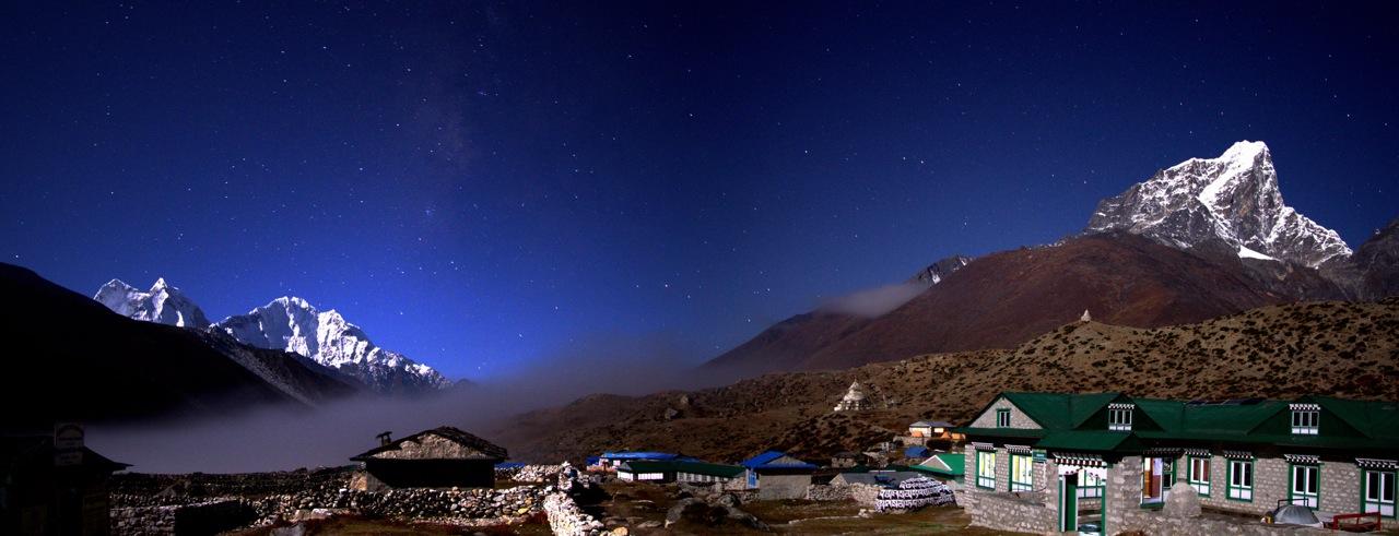 Dingboche Nepal at night; Kantega and Thamserku on the left, Cholatse on the right, by  Markrosenrosen