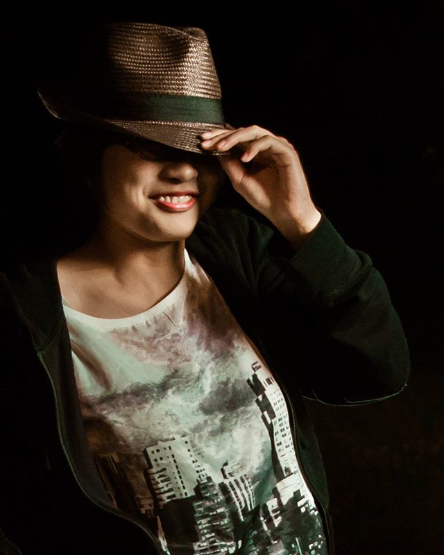 Japanese girl #japan #japanesegirl #girl #japanese #fashion #hat #night #dark #lowkey #thearcanum