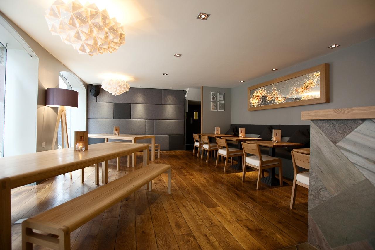 FOLDABILITY Sygn Bar bespoke origami lighting
