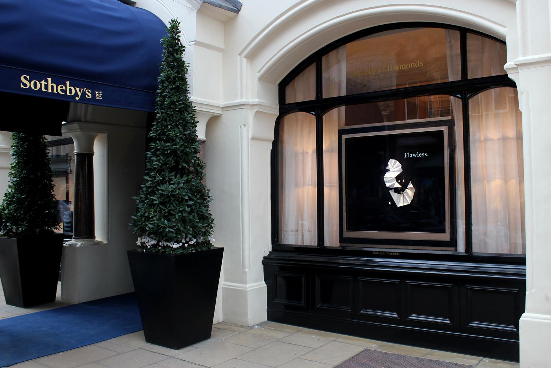 set design london for sotheby's