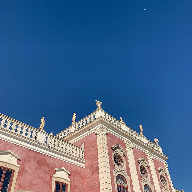 #bluesky and #pinkdream #pousada #portugal #faro